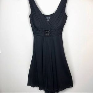 ENFOCUS Cute and Sexy Black Dress Size 6 🖤